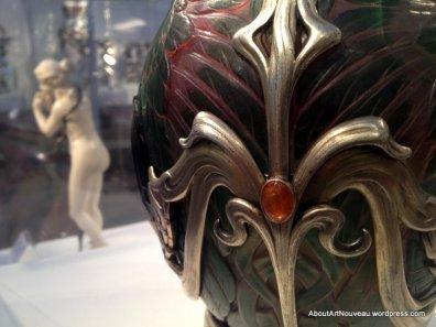 Vase Art Nouveau Philippe Wolfers 1903 detail